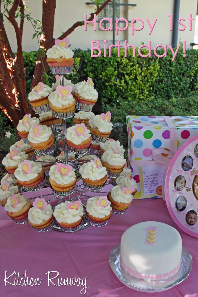 cupcake tree and cake for 1st birthday